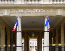 Source de l'image https://commons.wikimedia.org/wiki/File:Conseil_constitutionnel,_Paris_%282011%29.jpg